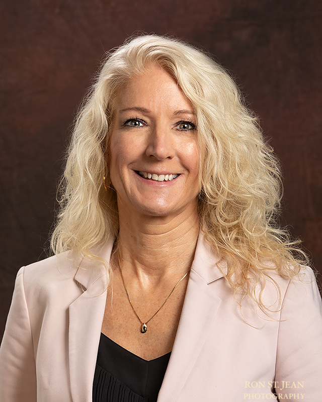 Professional-business-portrait-by-ron-st-jean-photography-53